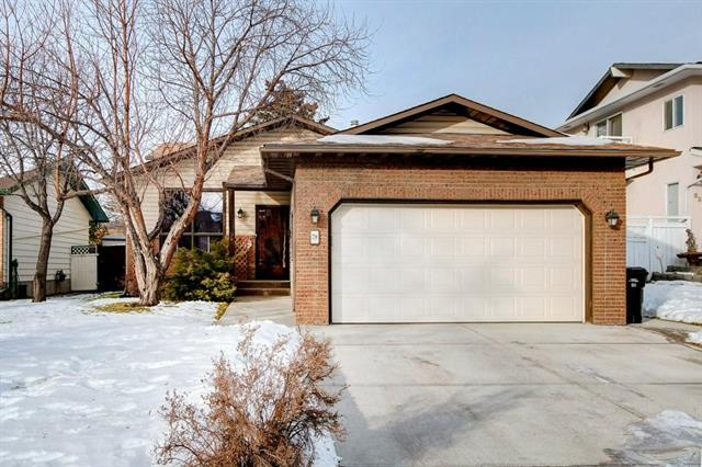 79 Castlefall RD Ne, Calgary, Castleridge real estate, Detached Castleridge Estates homes for sale
