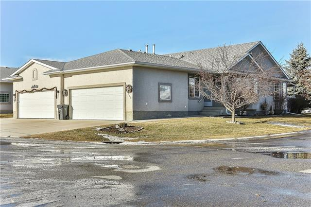 102 Riverside CR Nw, High River, Vista Mirage real estate, Attached Vista Mirage homes for sale