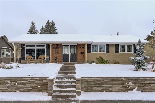 MLS® #C4221836 927 Lake Twintree CR Se T2J 2W4 Calgary