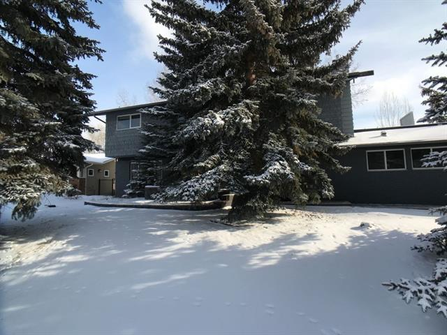 648 Varsity Estates CR Nw in Varsity Calgary MLS® #C4226411