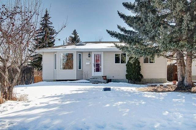 7303 35 AV Nw, Bowness real estate, homes