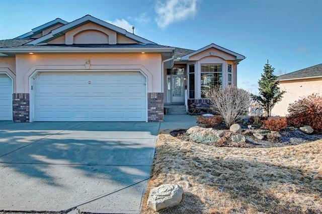 14 Eagleview Wy, Cochrane, GlenEagles real estate, Attached GlenEagles homes for sale