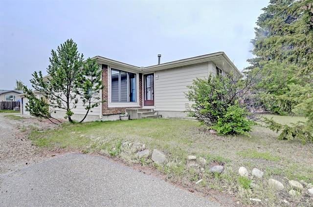 MLS® #C4236897 43 Summerwood RD Se T4B 2L3 Airdrie