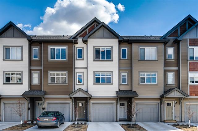 30 Copperstone Cm Se in Copperfield Calgary MLS® #C4237307