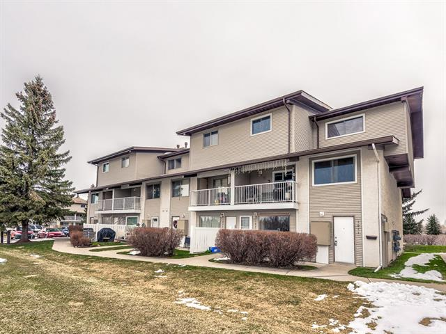 #1011 200 Brookpark DR Sw, Calgary, Braeside real estate, Attached Braeside homes for sale