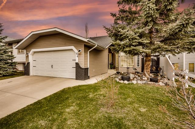 64 Elderwood PL Se in Edgewater Airdrie MLS® #C4244217