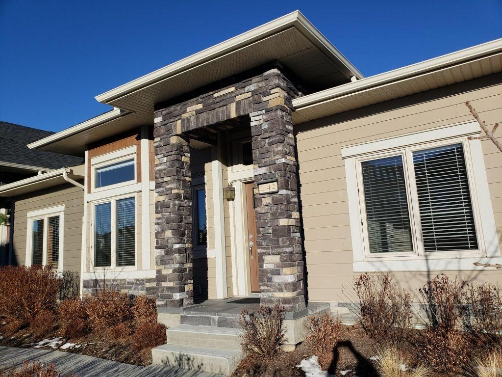 MLS® #C4220186 - 42 Cougar Ridge Ld Sw in Cougar Ridge Calgary, Attached Open Houses