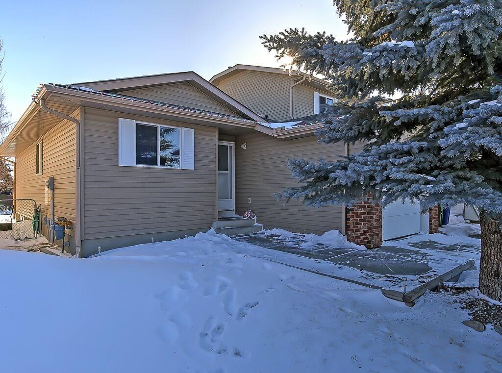 MLS® #C4225530 - 86 Everglade DR Se in Edgewater Airdrie, Attached Open Houses