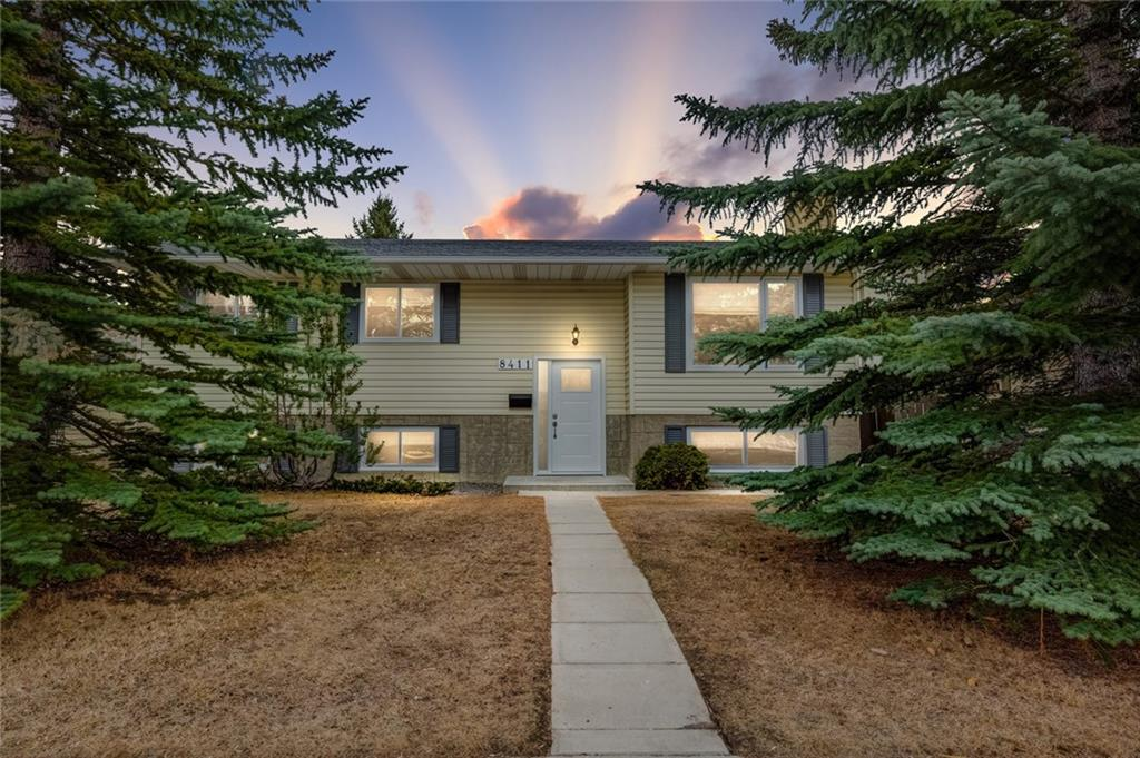 MLS® #C4239156 - 8411 Silver Springs RD Nw in Silver Springs Calgary, Detached Open Houses