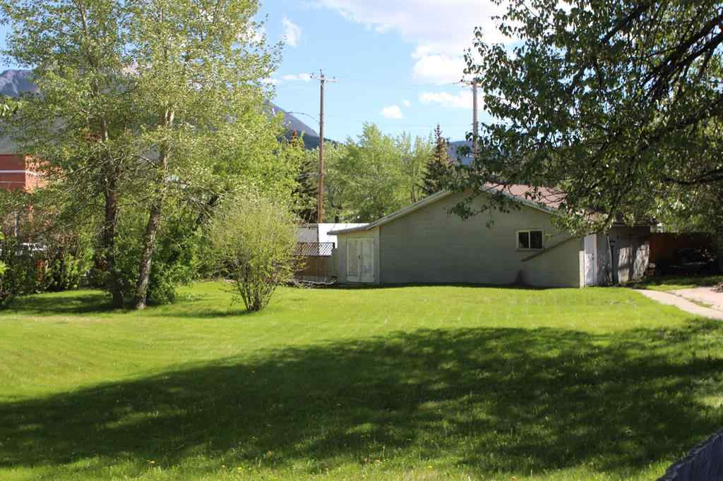 MLS® # A1002658 - 12366 21 Avenue  in  Blairmore, Residential Open Houses