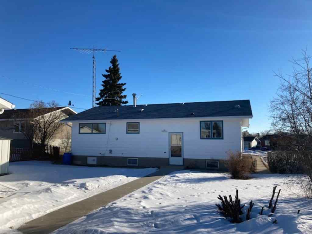 MLS® #A1004257 - 5418 51A Street  in Bashaw Bashaw, Residential Open Houses