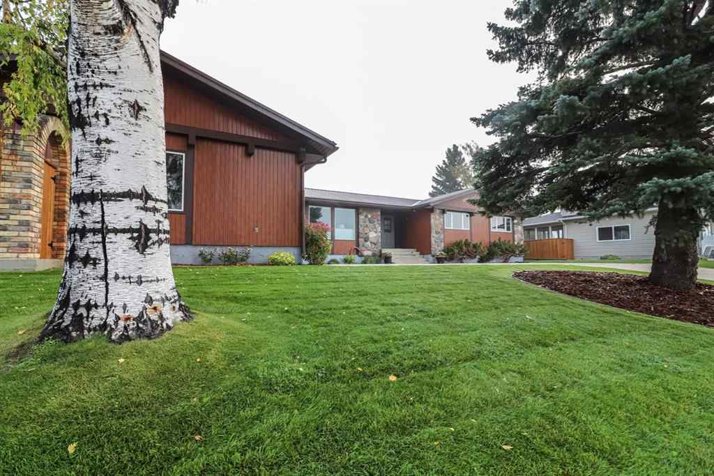 MLS® # A1004603 - 1116 2nd Avenue E in East End Brooks, Residential Open Houses