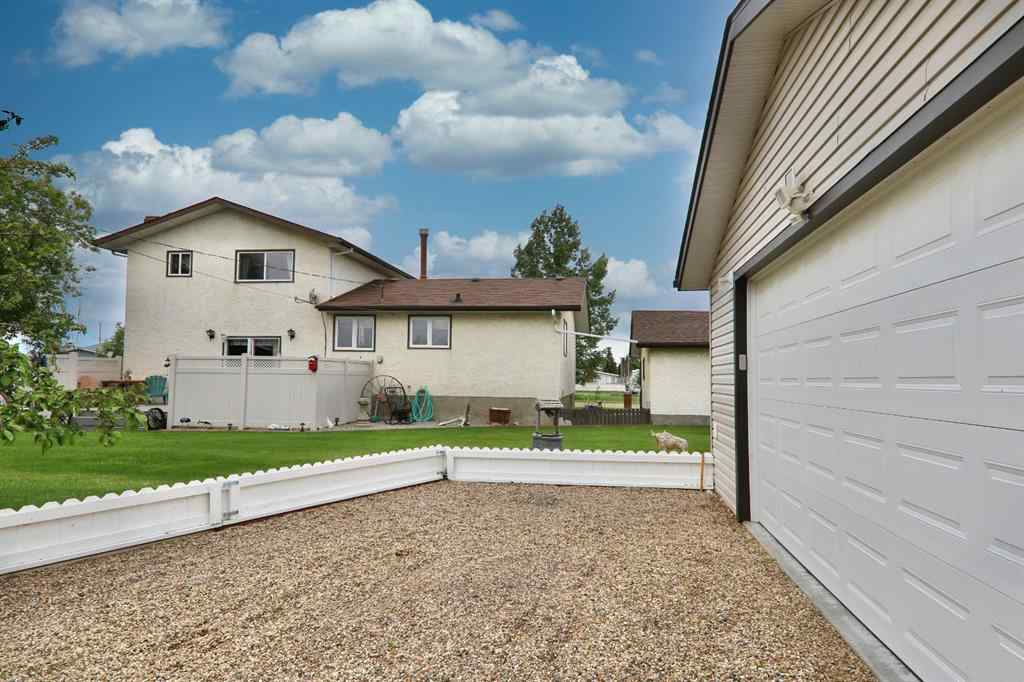 MLS® # A1005298 - 208 Niblock Street  in NONE Bawlf, Residential Open Houses