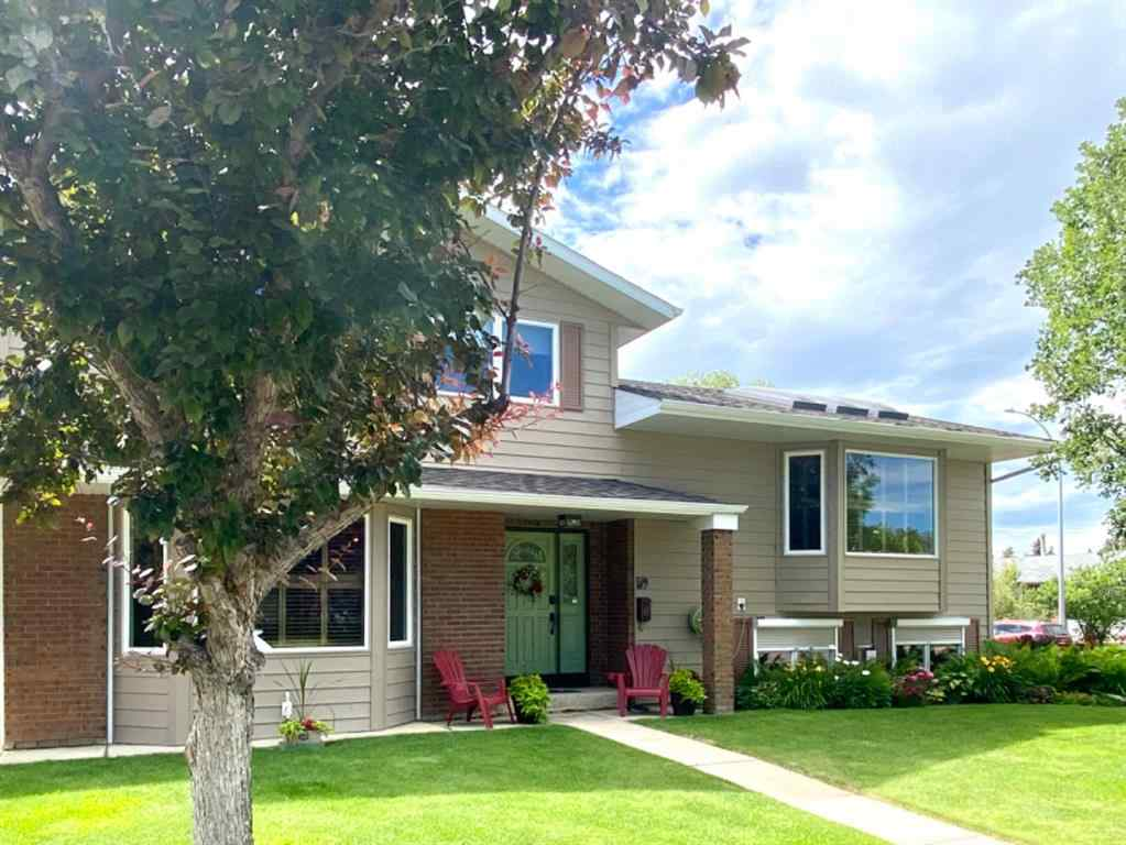 MLS® #A1005618 - 59 11 Street W in West End Brooks, Residential Open Houses