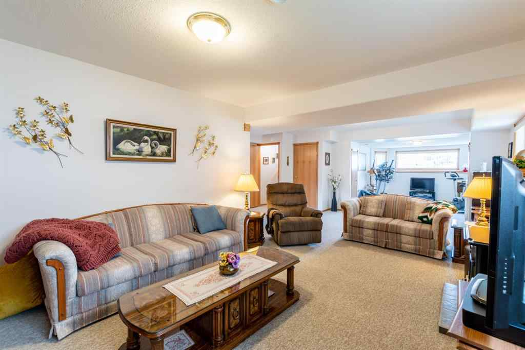 MLS® # A1008983 - 311 14 Street E in East End Brooks, Residential Open Houses
