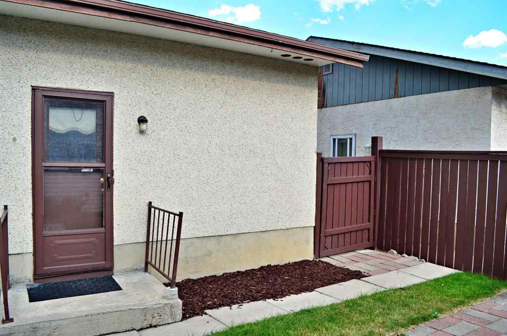 MLS® # A1009884 - 1072 Marcombe Drive NE in Marlborough Calgary, Residential Open Houses