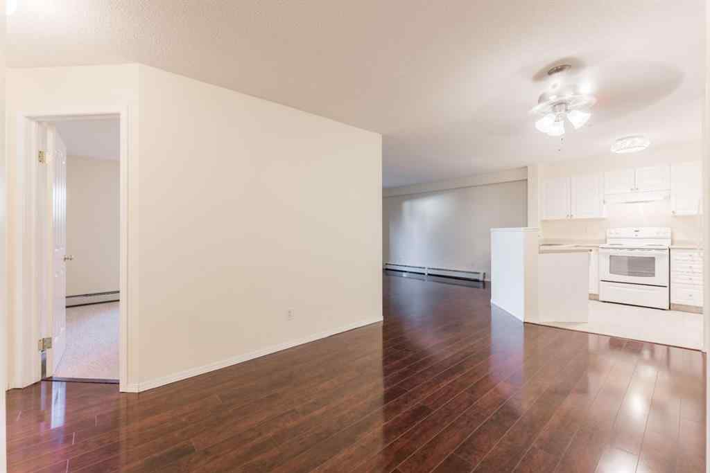 MLS® #A1011898 - Unit #5107 604 8 Street SW in Downtown. Airdrie, Residential Open Houses