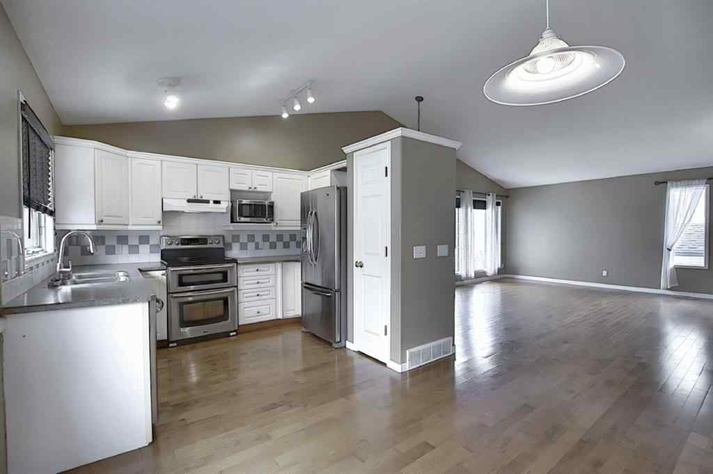 MLS® #A1011900 - 36 Sunridge Place NW in Sunridge. Airdrie, Residential Open Houses