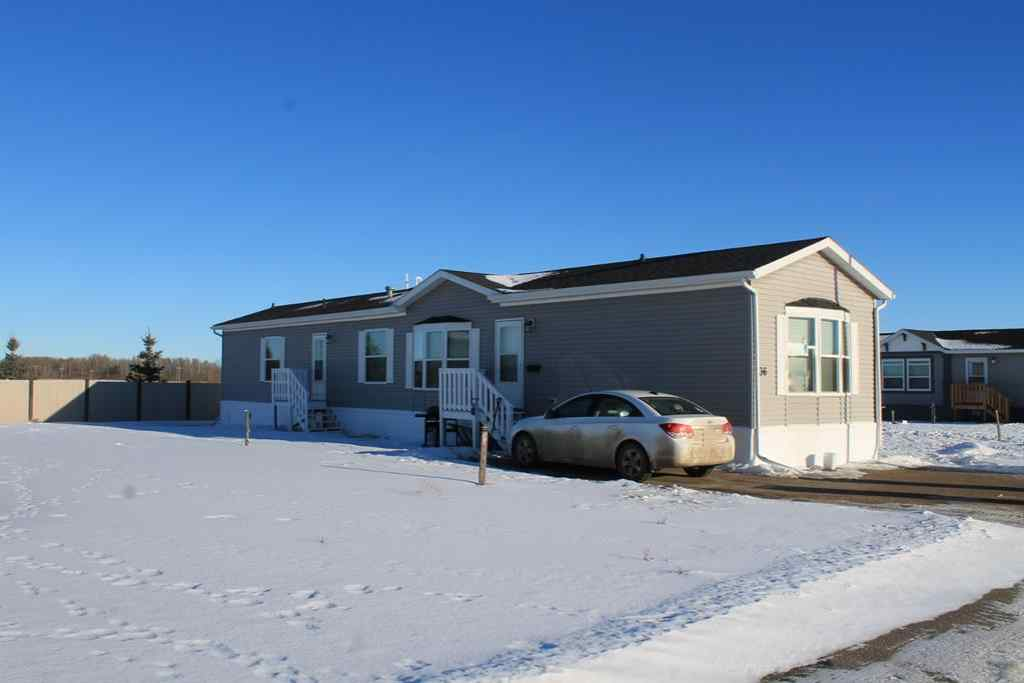 MLS® #A1013075 - 36 McKay Place  in Mckay Ranch Blackfalds, Mobile Open Houses