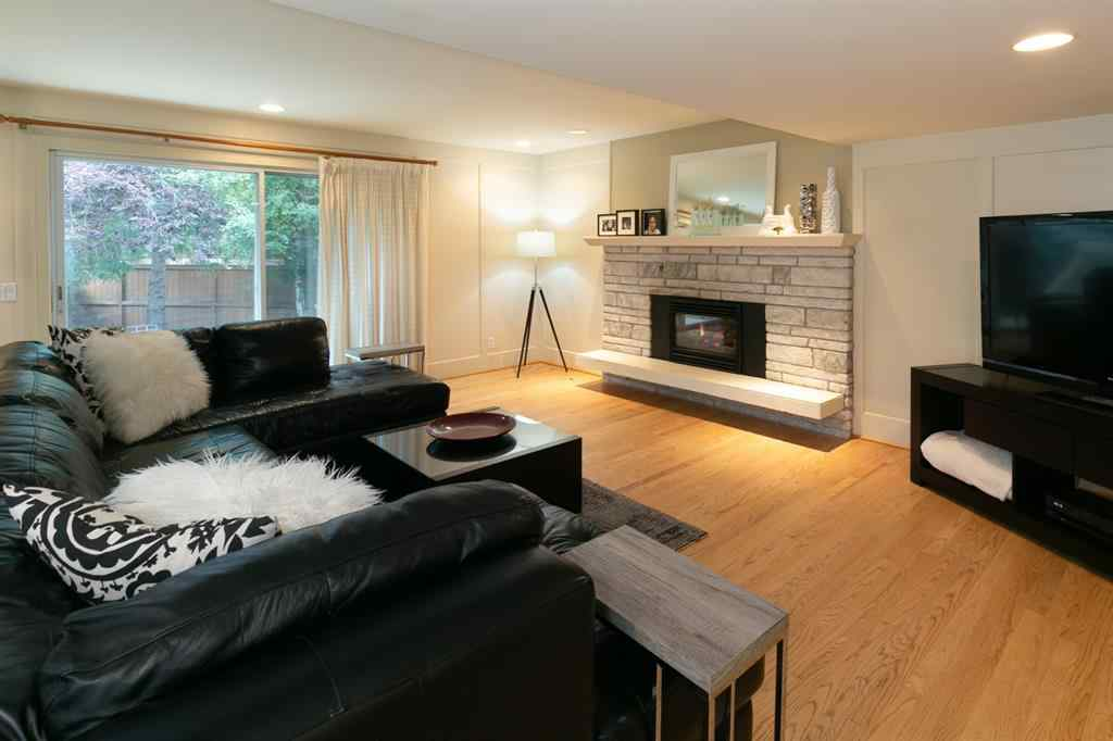 MLS® # A1014392 - 332 Pump Hill Gardens SW in Pump Hill Calgary, Residential Open Houses
