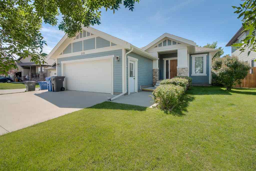 MLS® # A1014718 - 2119 30 a Avenue  in NONE Coaldale, Residential Open Houses