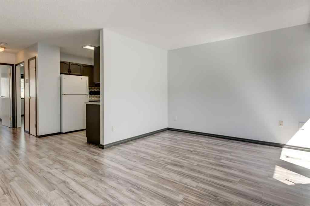 MLS® # A1020057 - 2714 DOVELY Park SE in Dover Calgary, Residential Open Houses