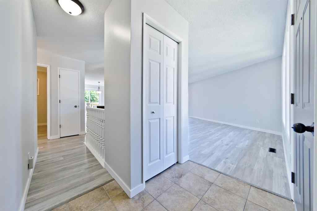 MLS® # A1020357 - 325 BIG SPRINGS  Court SE in Big Springs Airdrie, Residential Open Houses