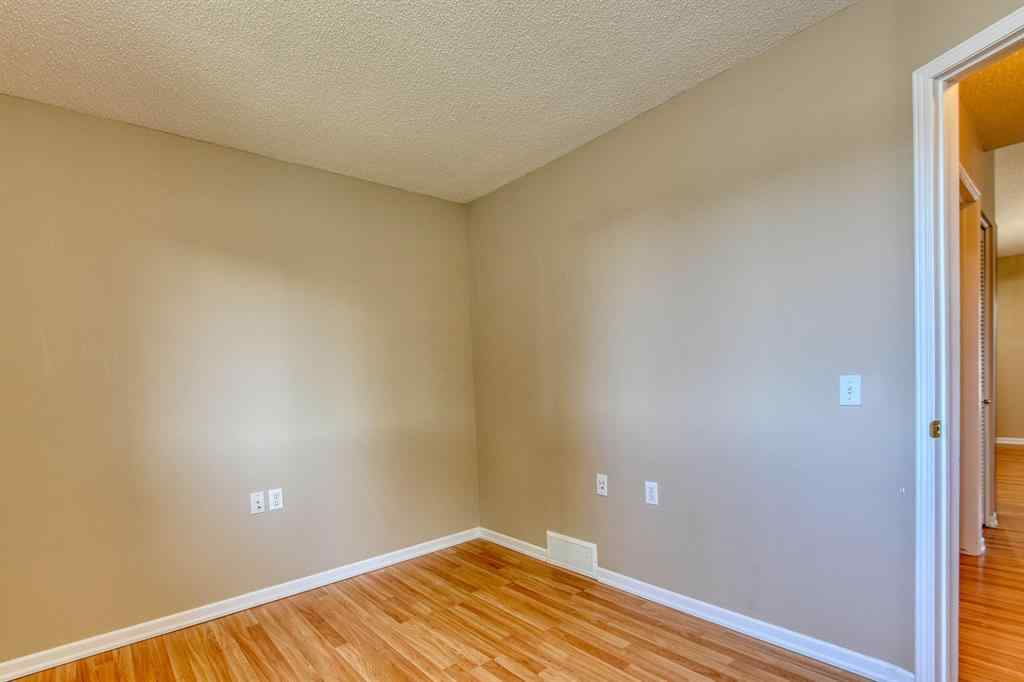 MLS® #A1020978 - Unit #18 209 WOODSIDE  Drive NW in Woodside Airdrie, Residential Open Houses