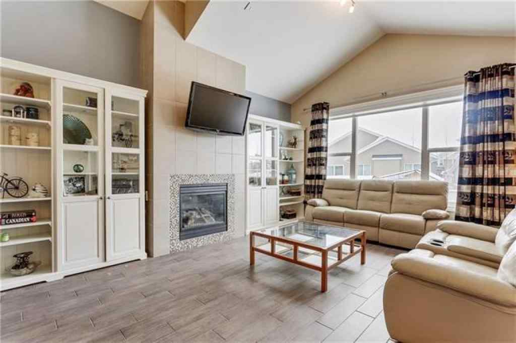 MLS® # A1021033 - 125 Bayside Court SW in Bayside Airdrie, Residential Open Houses