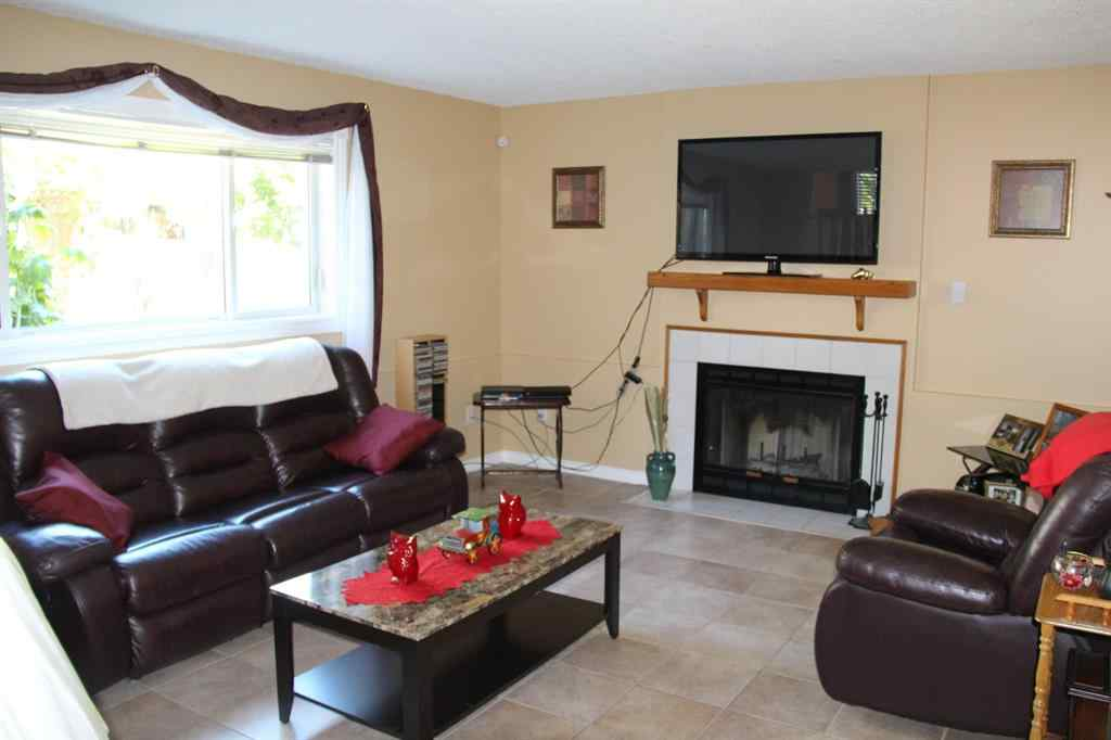 MLS® # A1021110 - 3201 Cornwall Drive  in Athabasca Town Athabasca, Residential Open Houses