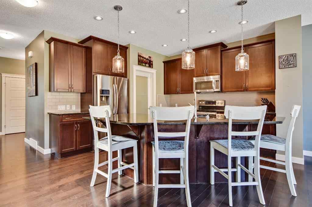 MLS® # A1022191 - 215 RAVENSCROFT  Green SE in Ravenswood Airdrie, Residential Open Houses