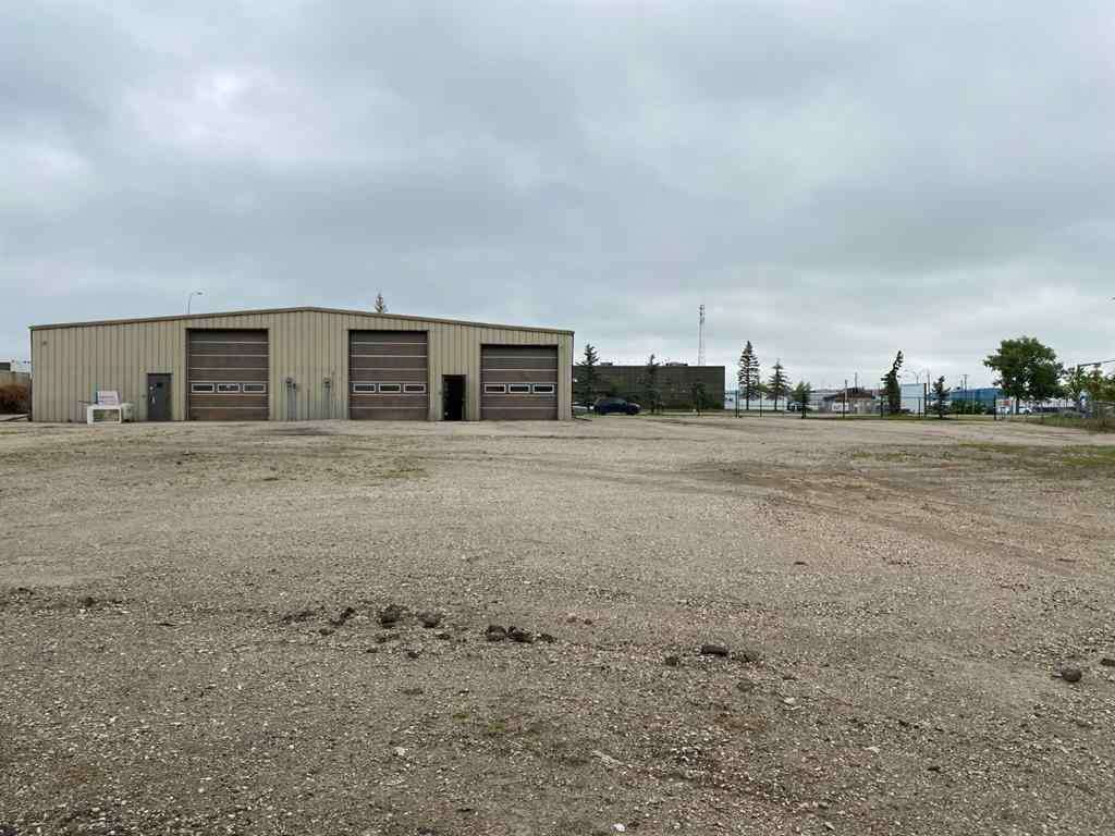 MLS® # A1024624 - 404 EAST LAKE Boulevard NE in East Lake Industrial Airdrie, Commercial Open Houses
