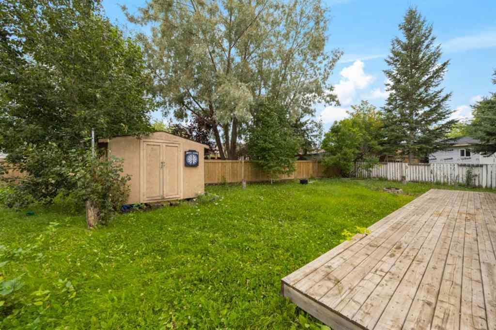 MLS® # A1027011 - 150  Leigh  Crescent  in Dickinsfield Fort McMurray, Residential Open Houses