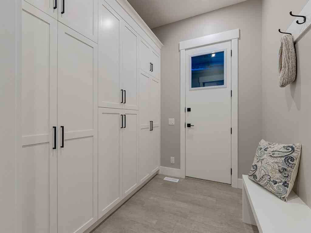 MLS® # A1029104 - 5920 Bowwater Crescent Crescent NW in Bowness Calgary, Residential Open Houses
