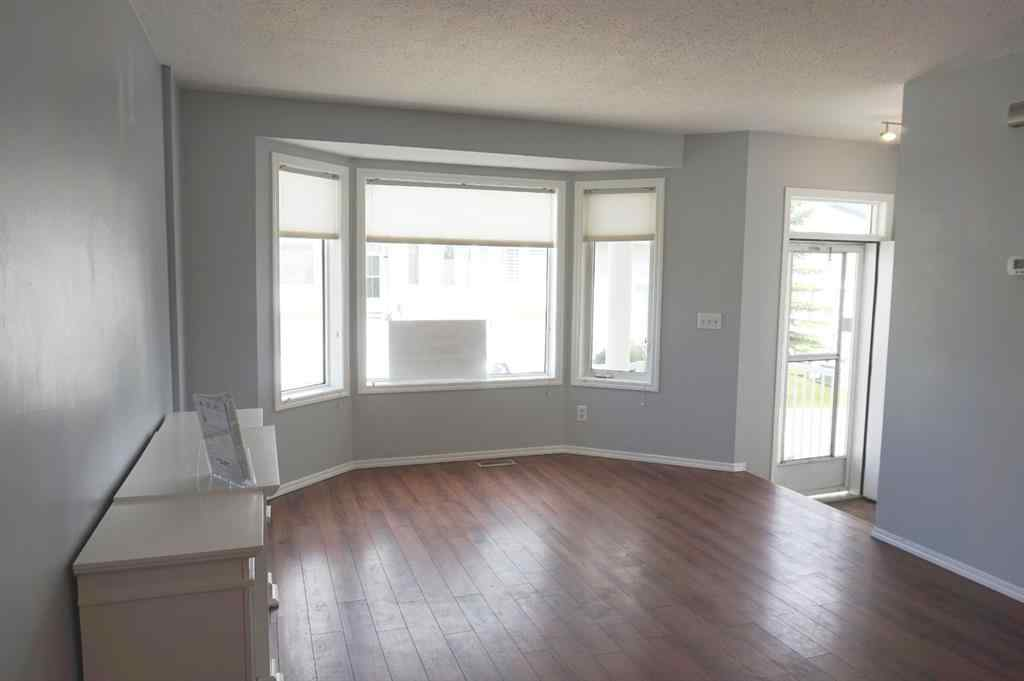 MLS® # A1029452 - Unit #29 505 Edmonton Trail NE in Jensen Airdrie, Residential Open Houses