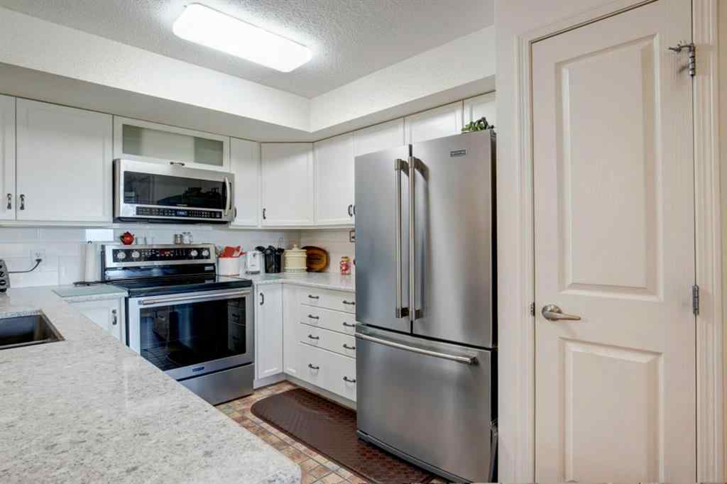MLS® # A1029903 - Unit #304 300 EDWARDS  Way NW in Willowbrook Airdrie, Residential Open Houses