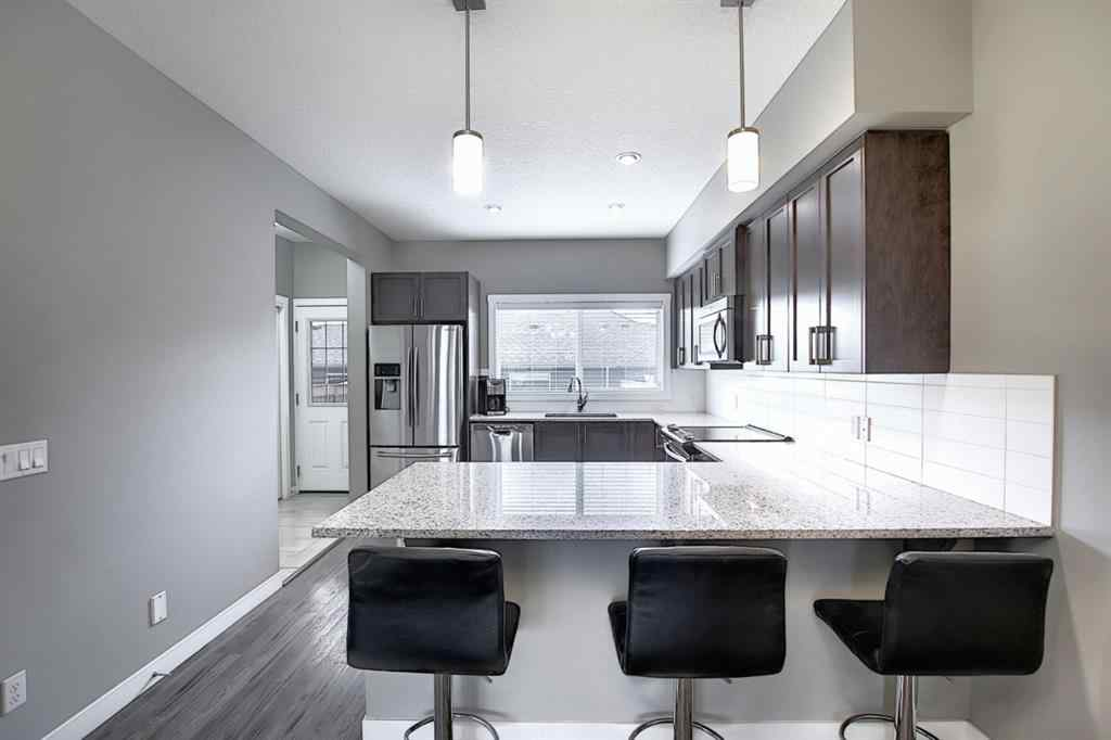 MLS® #A1029955 - 594 Hillcest  Road SW in Hillcrest Airdrie, Residential Open Houses