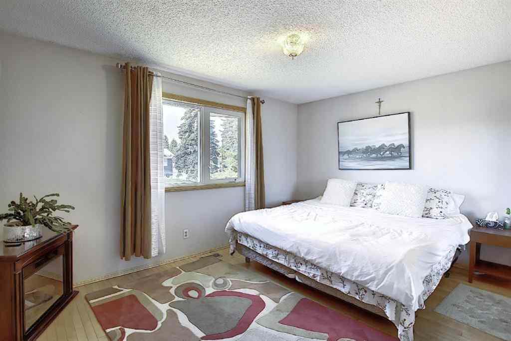 MLS® # A1031242 - 1483 Lake Michigan  Crescent SE in Bonavista Downs Calgary, Residential Open Houses