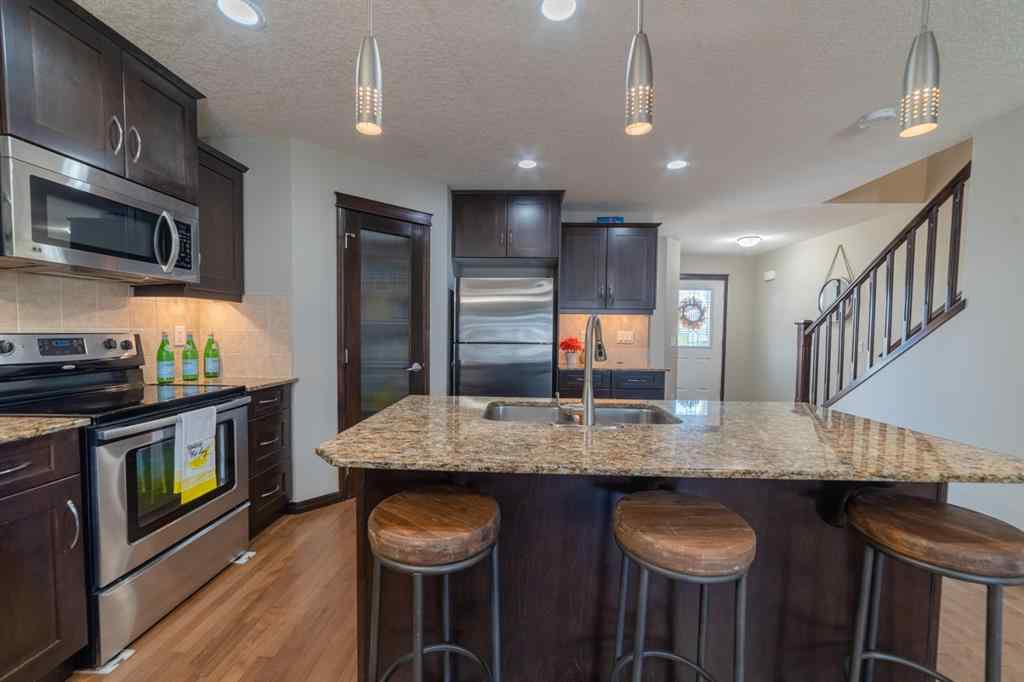 MLS® # A1031520 - 5 KINGS HEIGHTS  Drive SE in Kings Heights Airdrie, Residential Open Houses