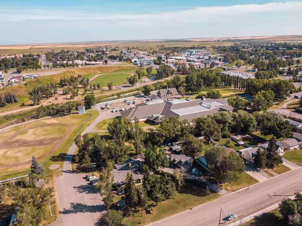 MLS® # A1032314 - 173 7 Avenue  in NONE Cardston, Commercial Open Houses