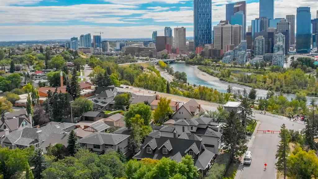 MLS® #A1032349 - 239 8 Avenue NW in Crescent Heights Calgary, Residential Open Houses