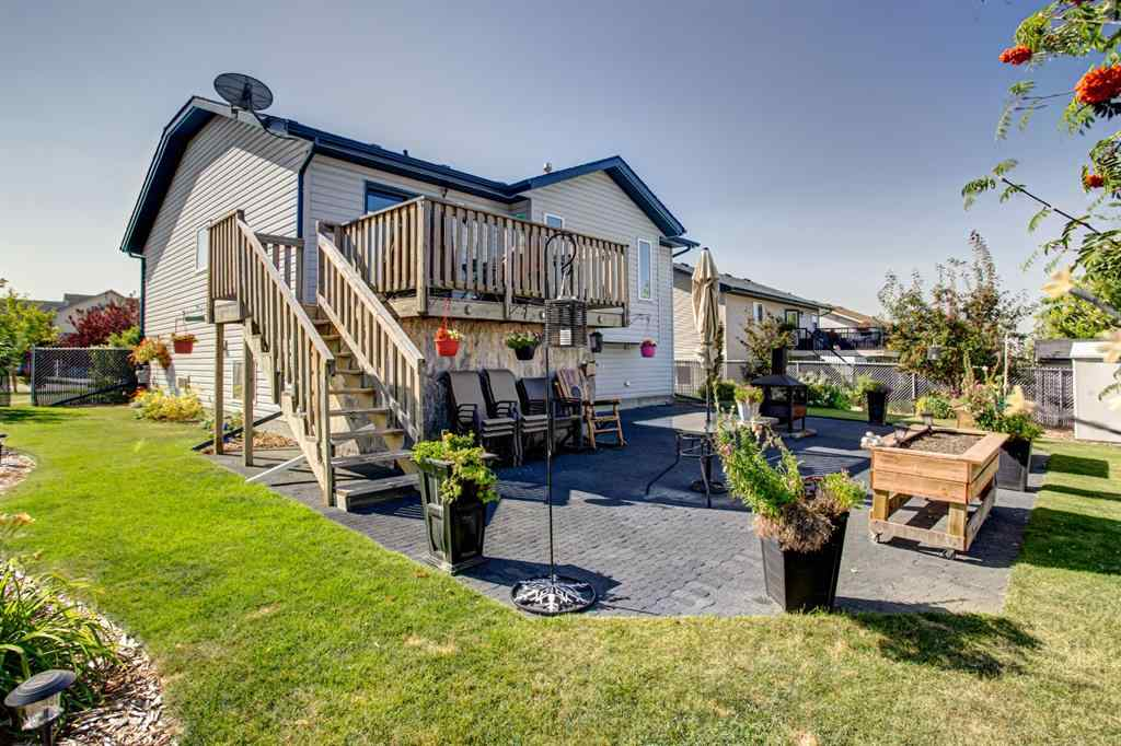 MLS® # A1032648 - 5732 Park Street  in Panorama Estates Blackfalds, Residential Open Houses
