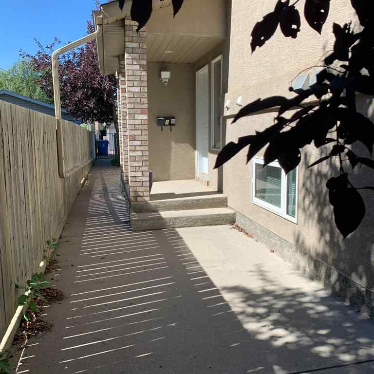 MLS® # A1032822 - Unit #1 134 16 Street N in Westminster Lethbridge, Residential Open Houses