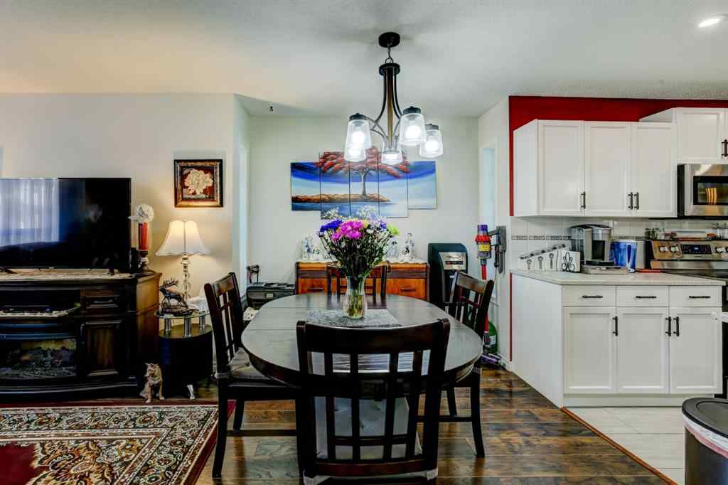 MLS® #A1032931 - Unit #22 33  Stonegate Drive NW in Stonegate Airdrie, Residential Open Houses
