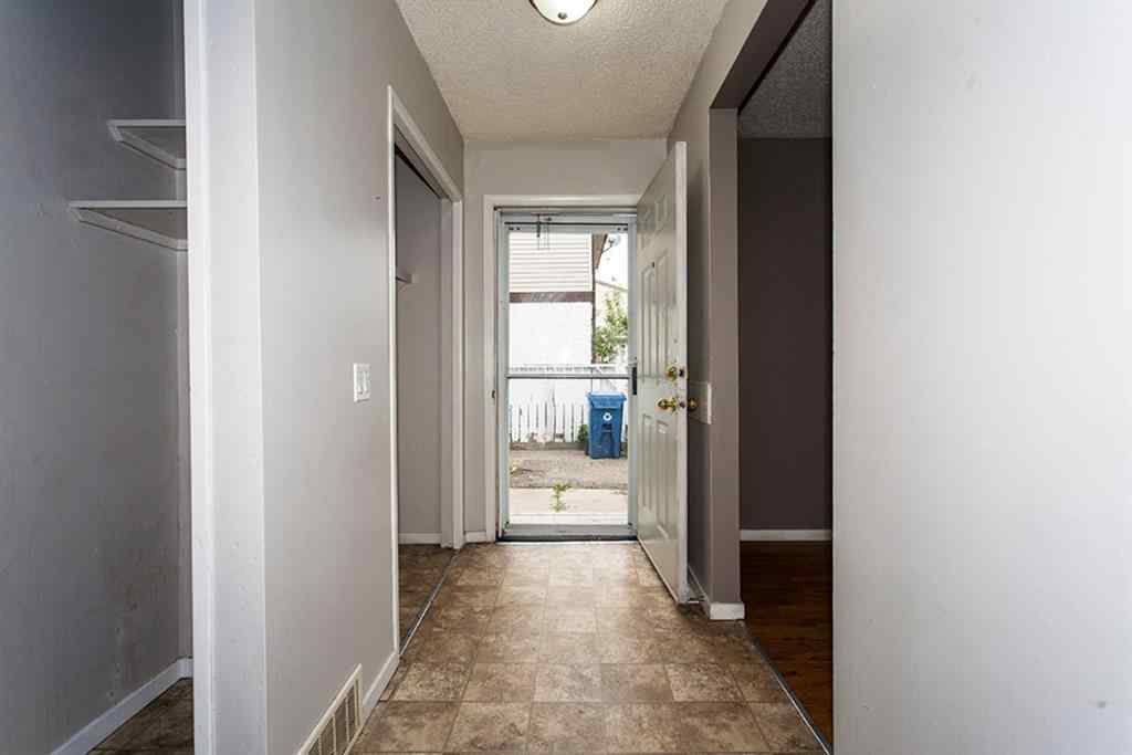 MLS® # A1033626 - 707 44 Street SE in Forest Heights Calgary, Residential Open Houses