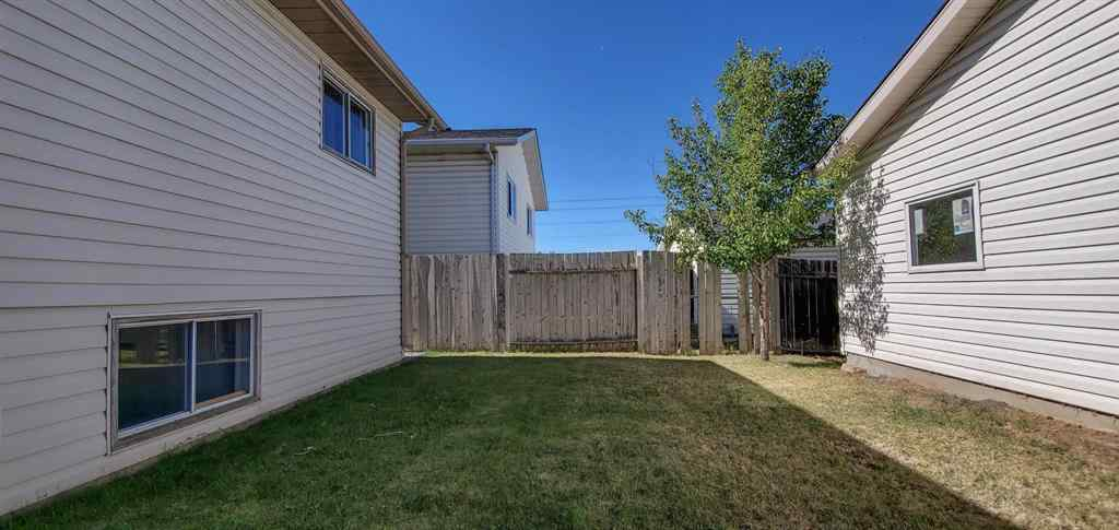 MLS® # A1033634 - 6922 LAGUNA Way NE in Monterey Park Calgary, Residential Open Houses