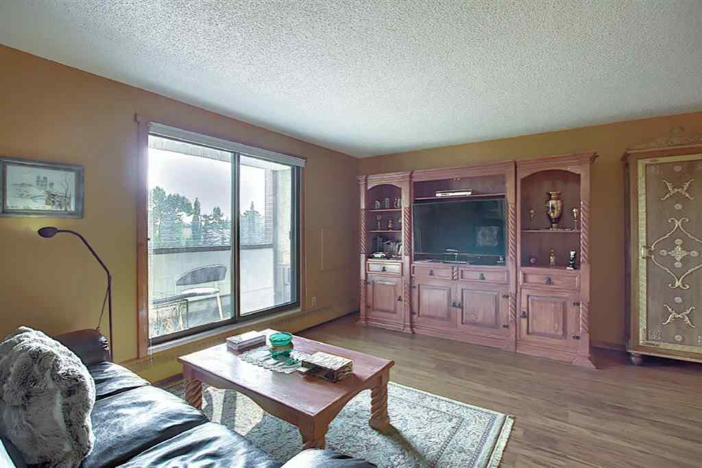MLS® # A1034439 - Unit #212 8604 48 Avenue NW in Bowness Calgary, Residential Open Houses