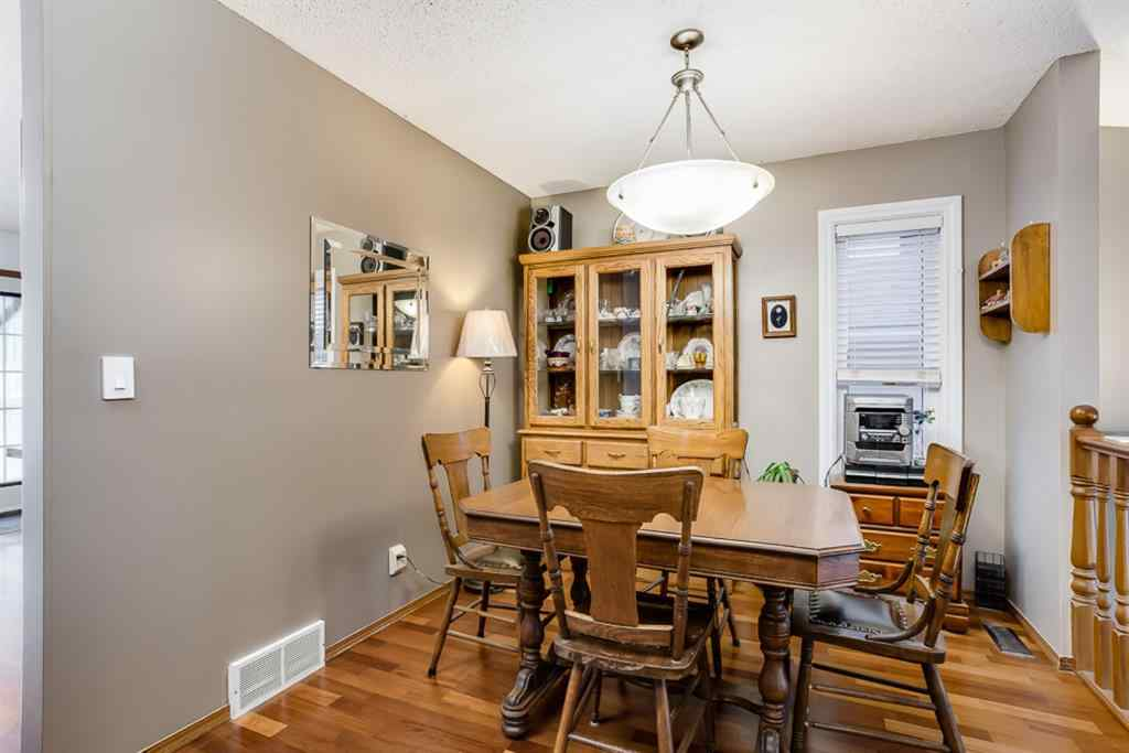 MLS® #A1036321 - 120 Maple Way SE in Meadowbrook Airdrie, Residential Open Houses