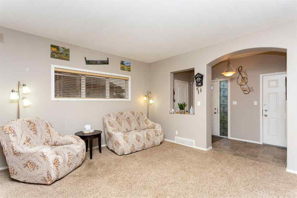 MLS® # A1038961 - 37 Piper Close  in Panorama Estates Blackfalds, Residential Open Houses