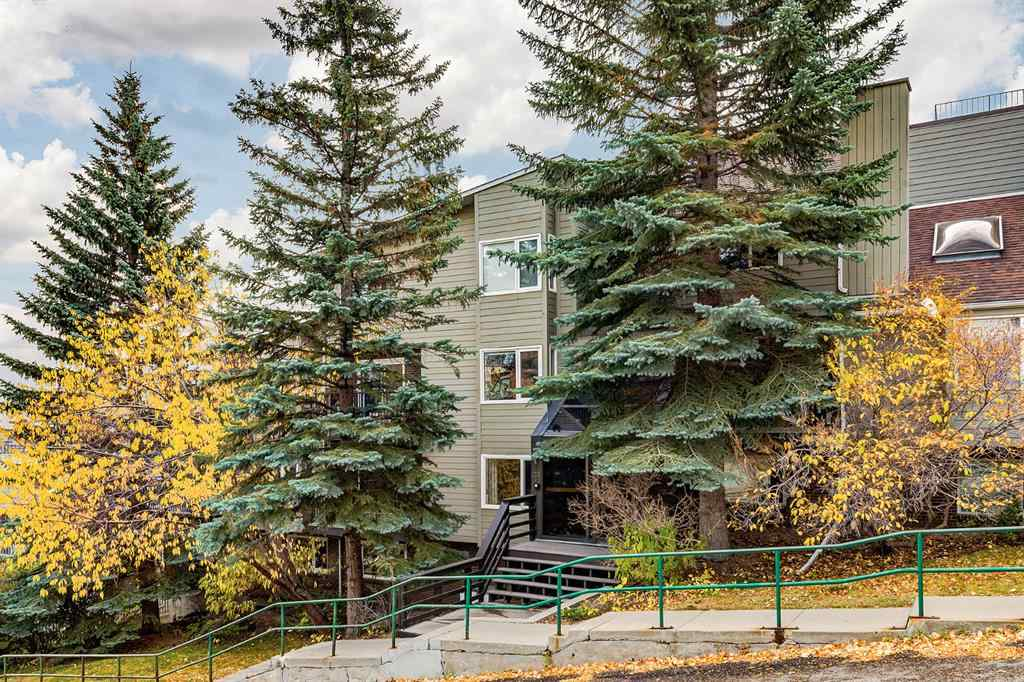 MLS® #A1039025 - Unit #203 333 2 Avenue NE in Crescent Heights Calgary, Residential Open Houses